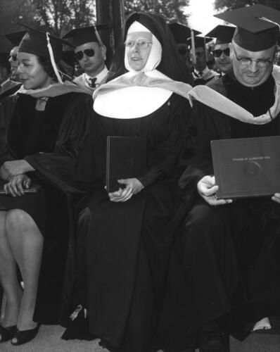 Graduation_Nun
