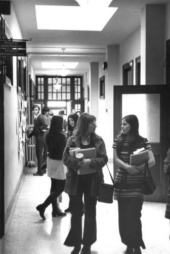 Students_In_Hallway - Copy